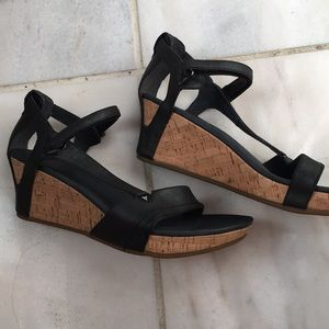 NWOBox Teva sandals size 10